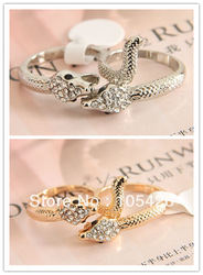 Min.order is $10 (mix order), doubli snake finger ring +rhinestone ,Party supplies,Lucky ring,free shopping(China (Mainland))