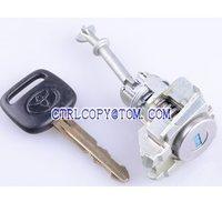 Good quality auto lock set for Toyota Camry left door Lock,door lock central locking cylinder