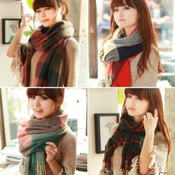 2013 NEW Style,Winter Warming Scarf Soft Patchwork tassel Women's Wool Scarf Free shipping(China (Mainland))