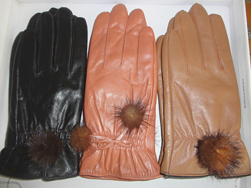 lady leather glove with polyester lining for cold winter(China (Mainland))