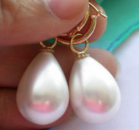Beautiful 14X18mm South Sea White shell Pearl Tear Drop Hoop Dangle Earrings