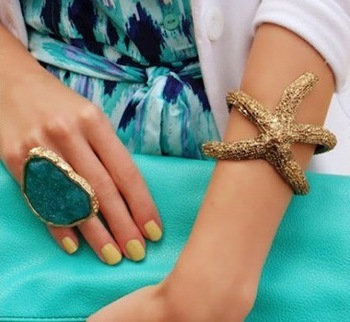 Min.order is $15 (mix order)Fashion Vintage Lovely Starfish Bracelet  Bangle Jewelry  Free Shipping