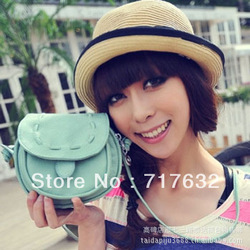 2012 spring and summer sweet cute shoulder patent leather cartoon coins packet of casual fashion handbags manufacturers supply(China (Mainland))
