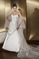 Appliqued Bridal Dress Pleated Satin Wedding Dress