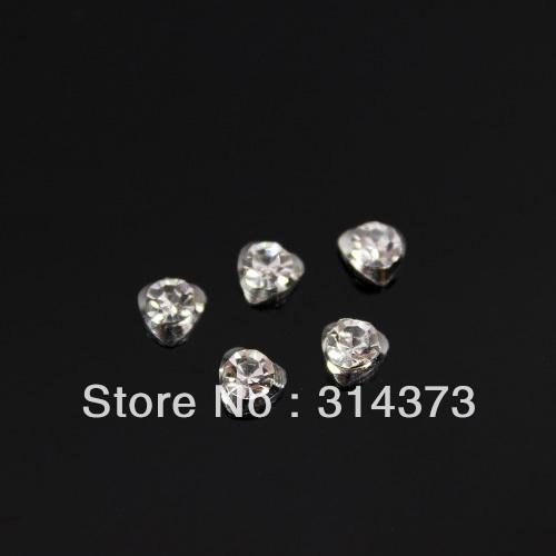 100pcs/Lot Heart Shape 6x5mm Silver 3D Alloy Clear Rhinestone Acrylic Salon Nail Art UV Gel Tips Design Craft DIY Decoration(China (Mainland))
