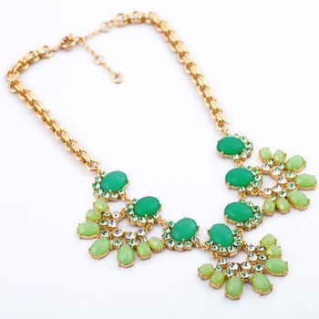 2013 New Fashion Luxurious Green Artificial Gemstone Flower Shaped Pendant Necklace for Lover Women Everlast Gifts Free Shipping