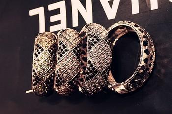 Free shipping  wholesales10pcs/lot angela  CRYSTAL bangle cuff bangle handed craft jewelry