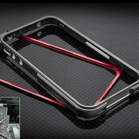 The Shenzhen wholesale Korea for iphone5 4/4S mobile phone protective sleeve aviation aluminum alloy Borders K116