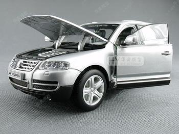 Volkswagen touareg silver alloy car model