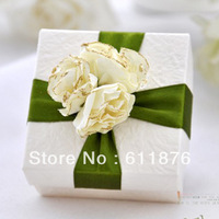 candy box , white gift box with artificial flower ribbon decoration, SR09, gift package, wedding favors, free shipping