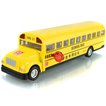 Hair light School bus The classical school bus boomerang Wonderful music Alloy model car toys