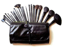 Professional Wood 24 PCS Pro Eyebrow Lip Eye shadow Eyeshadow Blusher Brushes Cosmetic Makeup Make up Brush Set +Leather Bag