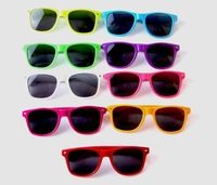 Colorful Fashion Wayfarer Vintage Retro Style Sunglasses