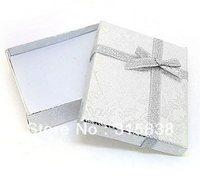 Free shipping,Jewelry boxes wholesale,High-grade decorative pattern fabrics silvery gift packing box,7*8cm paper quadrate box .