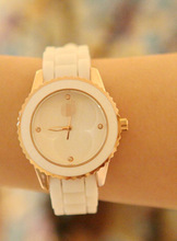 Hot sale watches lady fashion watch elegant silicon sport watch HQ(China (Mainland))