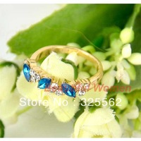 10PCS/LOT Free Shipping New Korea Girls Jewelry Vintage Sweet Green Flower Retro Finger Ring 8108