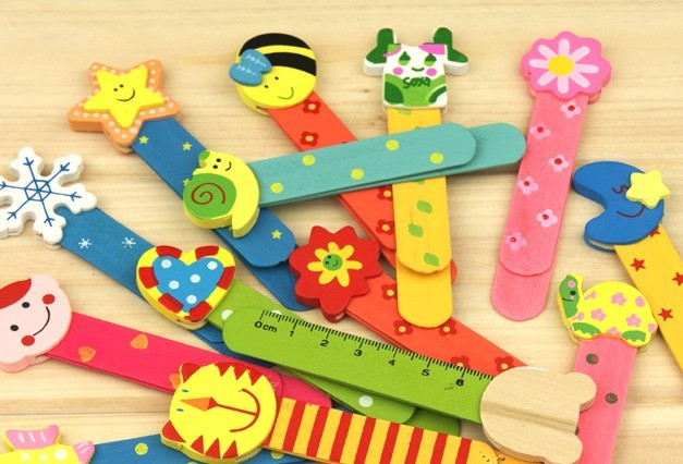 Free shipping Gift a wooden cartoon with scale ruler bookmark 7g(China (Mainland))