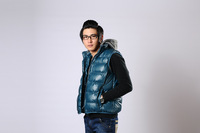 2013 new leisure men&amp;#39;s cotton vest with a hood,warm winter down outwear fashion 4 colors male thermal waistcoat