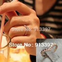 36PCS GOLD Fashion Sweet Simple Shining Crystal Rhinestone Heart Love V-Shaped Ring V Unique Design Rings