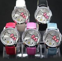 Promotion! 10pcs Mixed Colors Cute Hello Kitty Lady Girl Woman Students Fashion Gift Quartz Wrist Watch