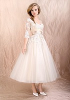 WS081Elegant V neckline lace appliqued half sleeve sexy short wedding dresses