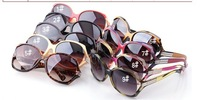 2013 new sunglasses female big box tide cool sunglasses Ladies fashion glasses(10pcs / 1 package )