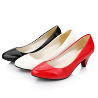Small leather work shoes black suit shoes round toe shallow mouth with the women's shoes single shoes