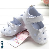 Baby girls white cut-outs princess shoes toddler shoes prewalker first walkers PVC sole antiskid sandals high quality 7018