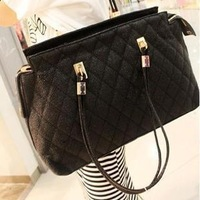 Free shipping Fashion 2013 spring casual fashion black plaid handbag, female bags