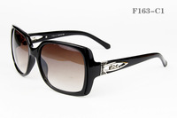Free shipping! Wholesale! New arrivals fashion Women ` s brand sunglasses ! eyewear/spectacles F163