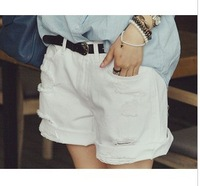 2013 Summer Whitest Hole Roll-up Hem Denim Worn Shorts Women