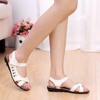 Plus size nurse shoes genuine leather soft outsole flat heel casual shoes mother soft outsole hasp women's sandals 4143