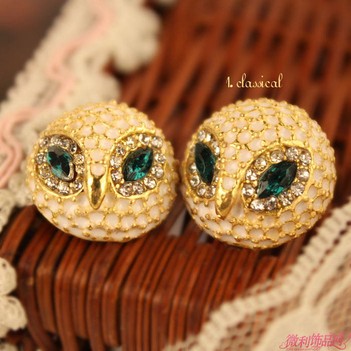 Cute Owl Earring Stud. Vintage Jewelry for Women. Hot Sale Product. Rhinestone Earring Wholesale Jewelry Free Shipping(China (Mainland))