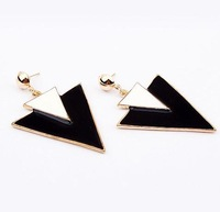 Min. order is $10(mix)  467 Star fan delta black earrring stud earring wholesale jewelry 2013