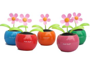 Hot Sliver 10pcs/lot Solar Powered Flip Flap Flower Plant