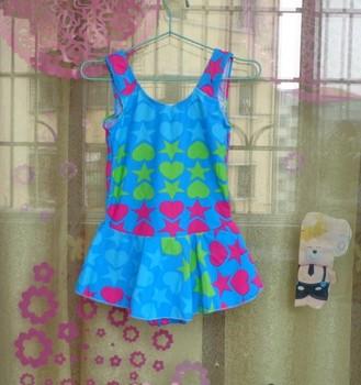 Freeshipping Child swimwear design vest one-piece dress hot spring swimwear small female child swimming equipment IVU