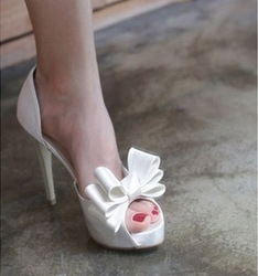 2013 single shoes white wedding shoes open toe shoe shallow mouth satin fabric sexy formal dress(China (Mainland))