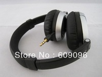 Wholesale 2013 New arrived Brand New on-ear Headphones,OE headphones,For MP3 MP4 stereo Headphone with logo Free Shipping