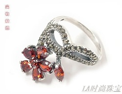 Handmade pure silver jewelry 925 silver red spinel lucky grass thai silver Women ring(China (Mainland))