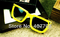 Free shipping! 2013 wholesale newest rivet sunglasses fashion square sun glasses for summer 8193