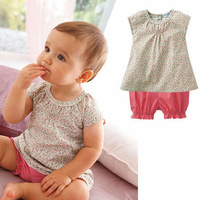 discount 2013 new children girl two pcs set top+pants  kid's wear  promotion factory price children clothing two pcs set