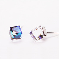 Bea Accessories Earring High Class Crystal Square Sparkling Medium Size Stud Earring