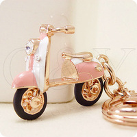 Free shipping VI 18K gold plated   car keychain bags pendant motorcycle battery cars women jewelry