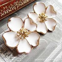 Promotion! Wholesale!  Fashion lady women jewelry elegant white jasmine flower alloy stud earring ER041