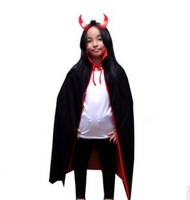 Halloween clothes child black and red cloak light-emitting horn set 275g