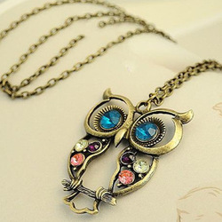 Min.order is$10! 74249 accessories vintage three-color cutout owl necklace(China (Mainland))