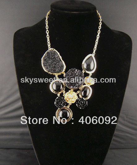 Mix Order is $20 Free Shipping 2013 New Design Trendy Fashion Big Alloy Necklace Jewelry(SWTN277)(China (Mainland))