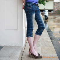 Free shipping Spring and summer bow casual slim women's denim capris water wash knee length trousers