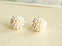 Hot Sell Fashion Elegant Round Pearl Stud Earrings Good Quality Free Shipping
