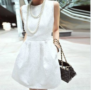 2013 new fashion spring summer baroque style vintage embossed 3D convex pattern bud women dress jacquard sleeveless dress D0421